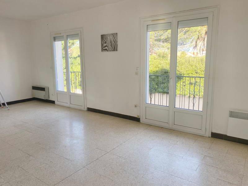 PHOTO1 - Vente grand appartement 3 chambres avec jardin et balcon à Agde .