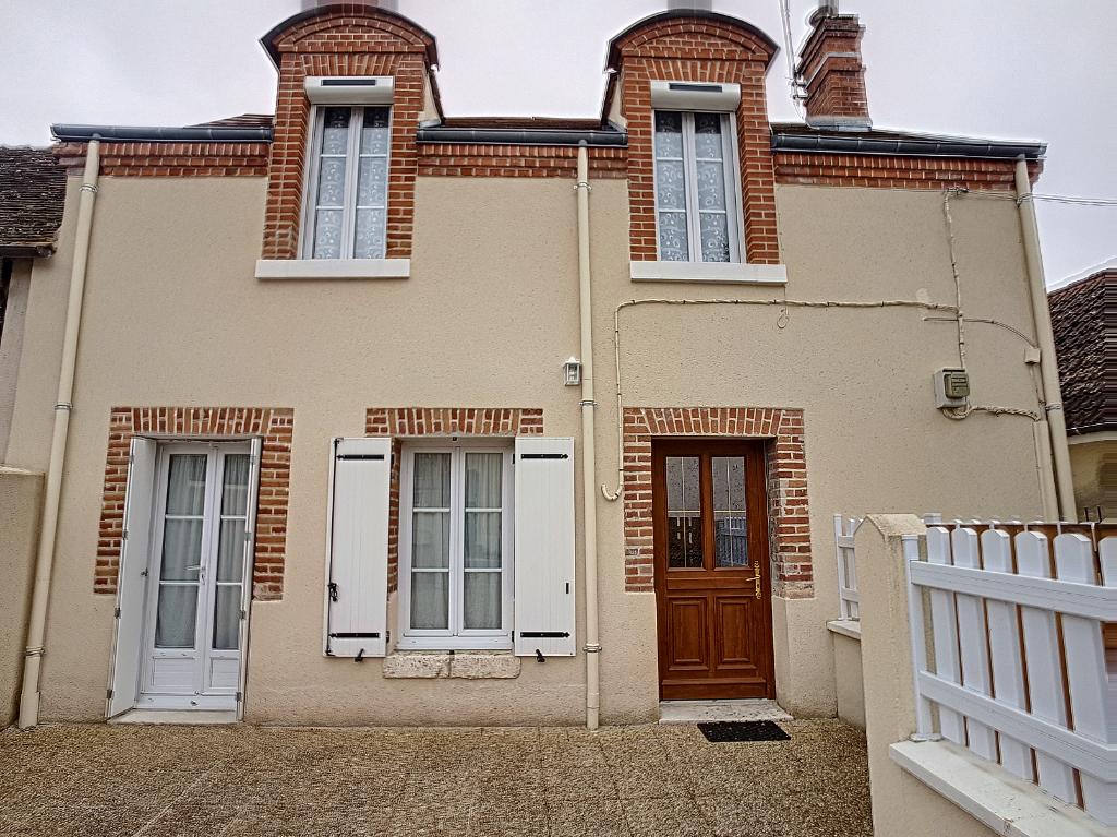 Maison 4 pièces - 2 chambres - ROMORANTIN LANTHENAY