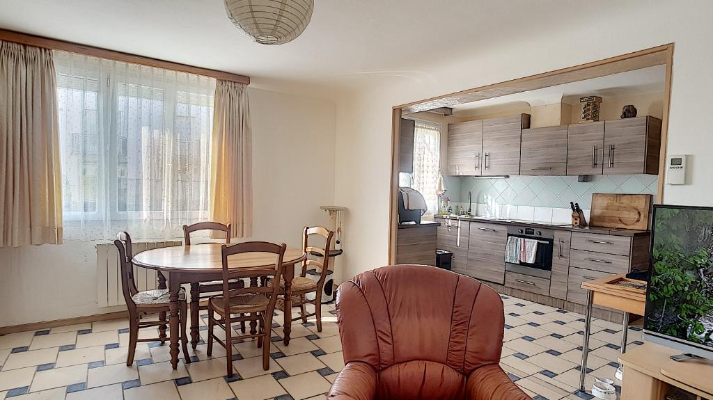 Maison 4 pièces - 3 chambres - SAINT AIGNAN