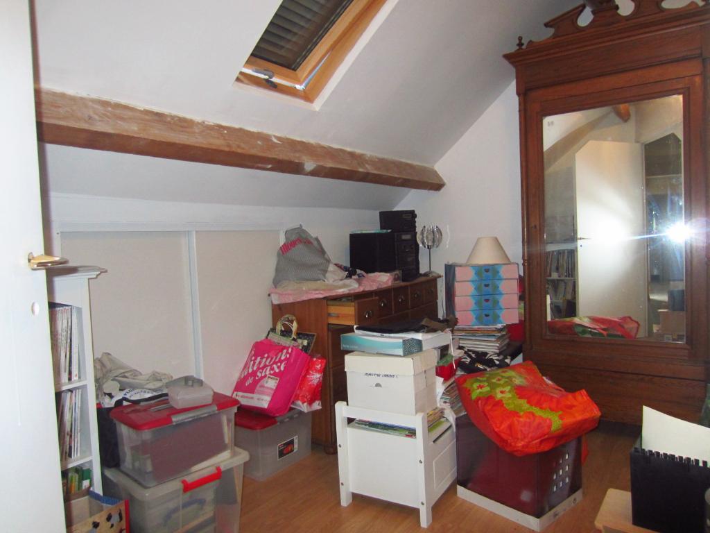 Maison à vendre - Maison sur sous -sol semi enterr