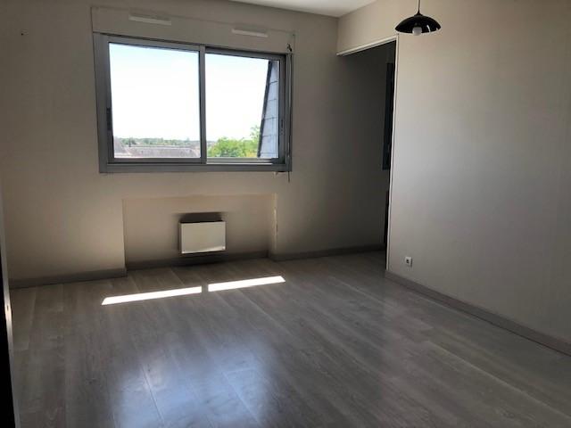 Appartement 3 pièces - 1 chambre - ROMORANTIN LANTHENAY