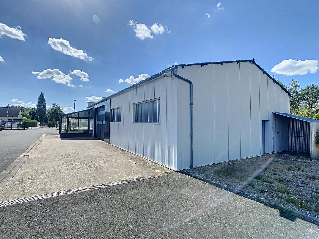 Local/bureau à vendre - Local commercial Chatillon Sur Cher 264 m2