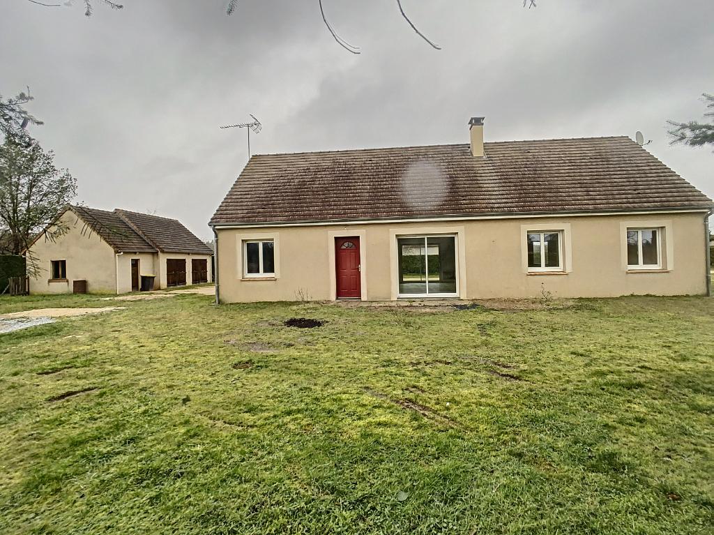 Maison 5 pièces - 4 chambres à vendre à GIEVRES
