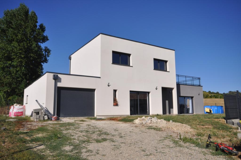 VENERQUE-Maison 5 pièce(s) 140 m2 Venerque 31810