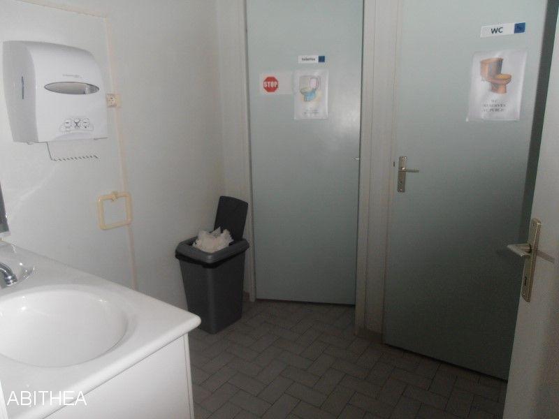 Bureaux villecresnes 160 m2 villecresnes 94440 for Code postal villecresnes