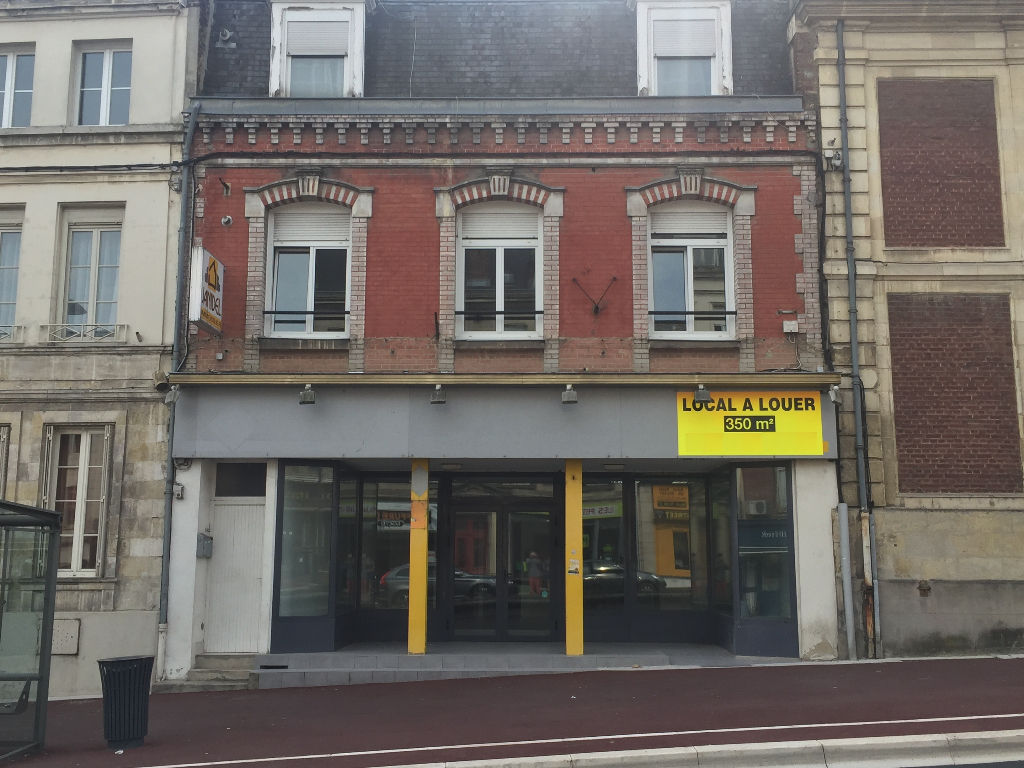 Local Commercial 370 m² - Centre ville Saint-Quentin