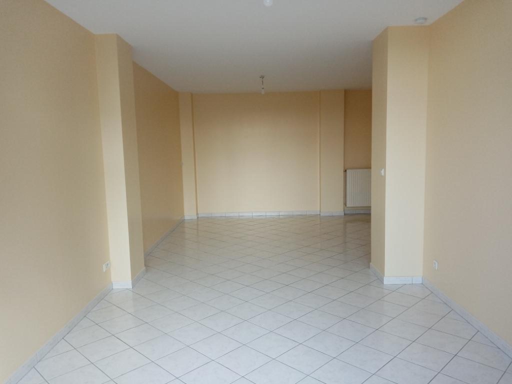 Rental apartment Saint quentin 700€ CC - Picture 3