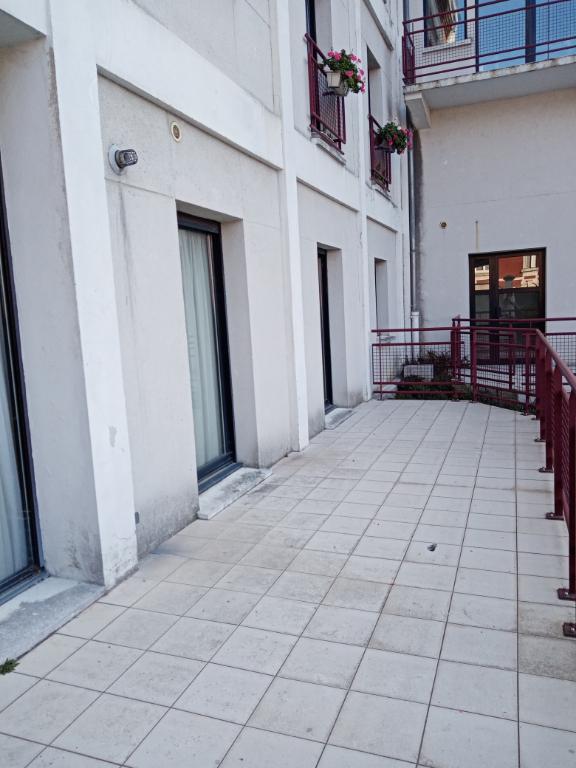 Rental apartment Saint quentin 700€ CC - Picture 10