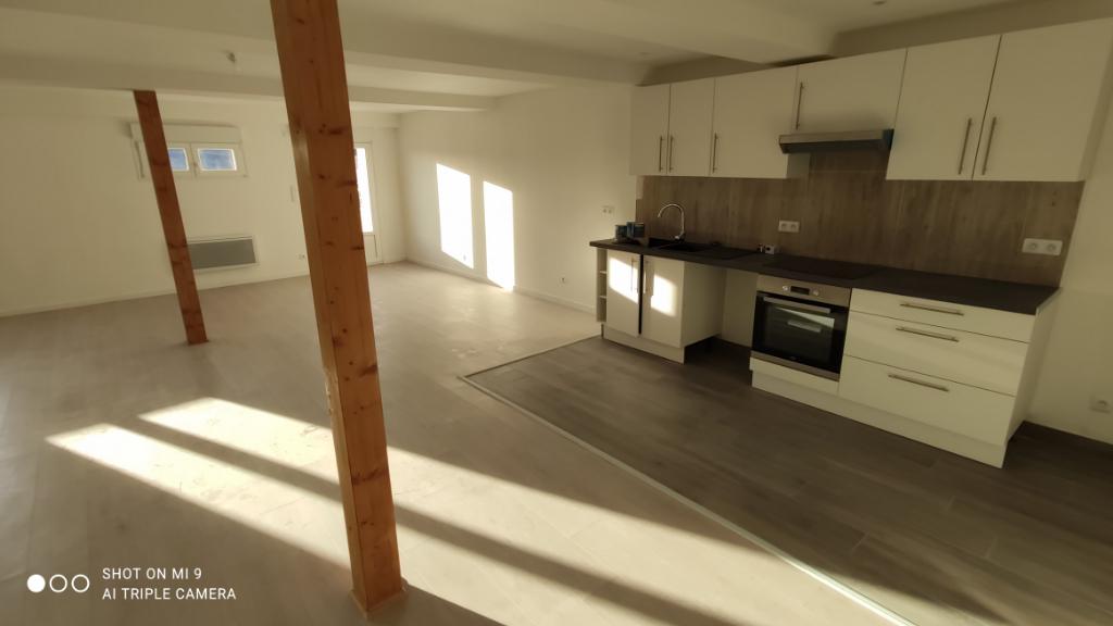 Location appartement Saint quentin 745€ CC - Photo 1