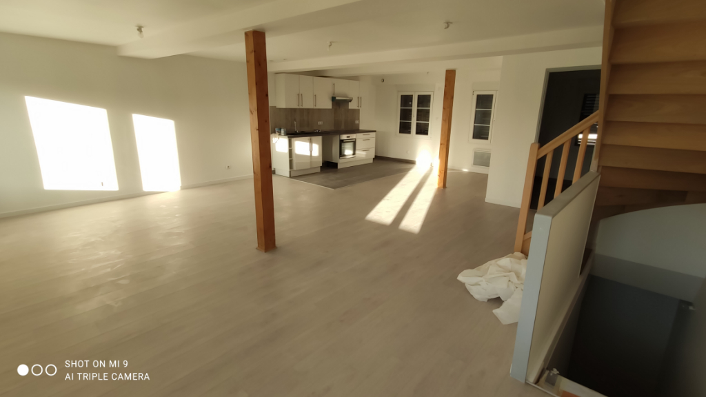 Location appartement Saint quentin 745€ CC - Photo 2