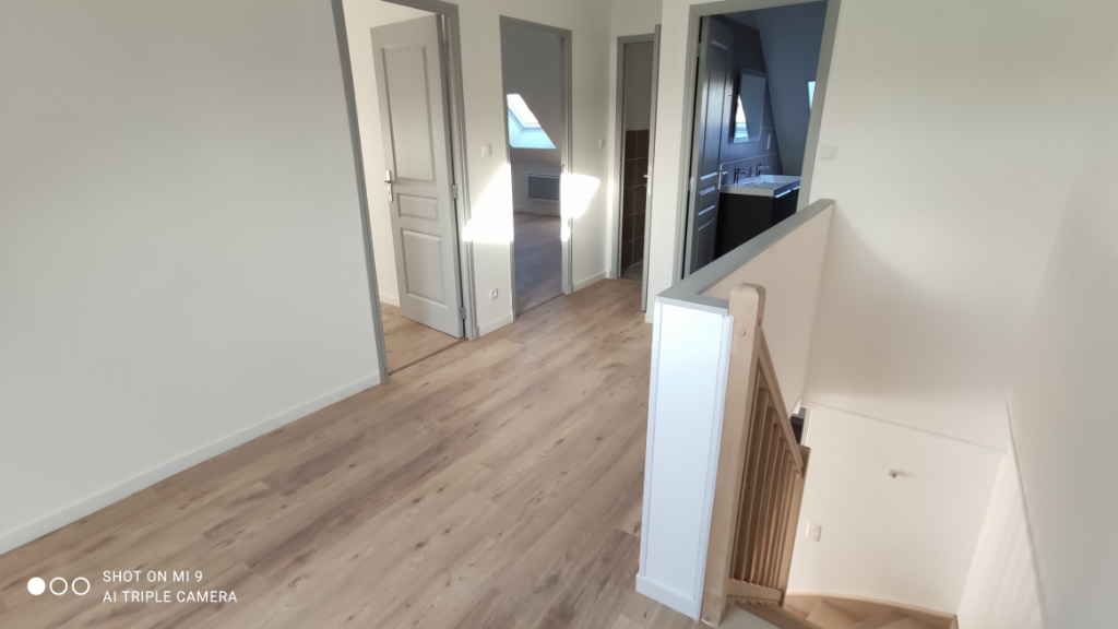 Location appartement Saint quentin 745€ CC - Photo 6