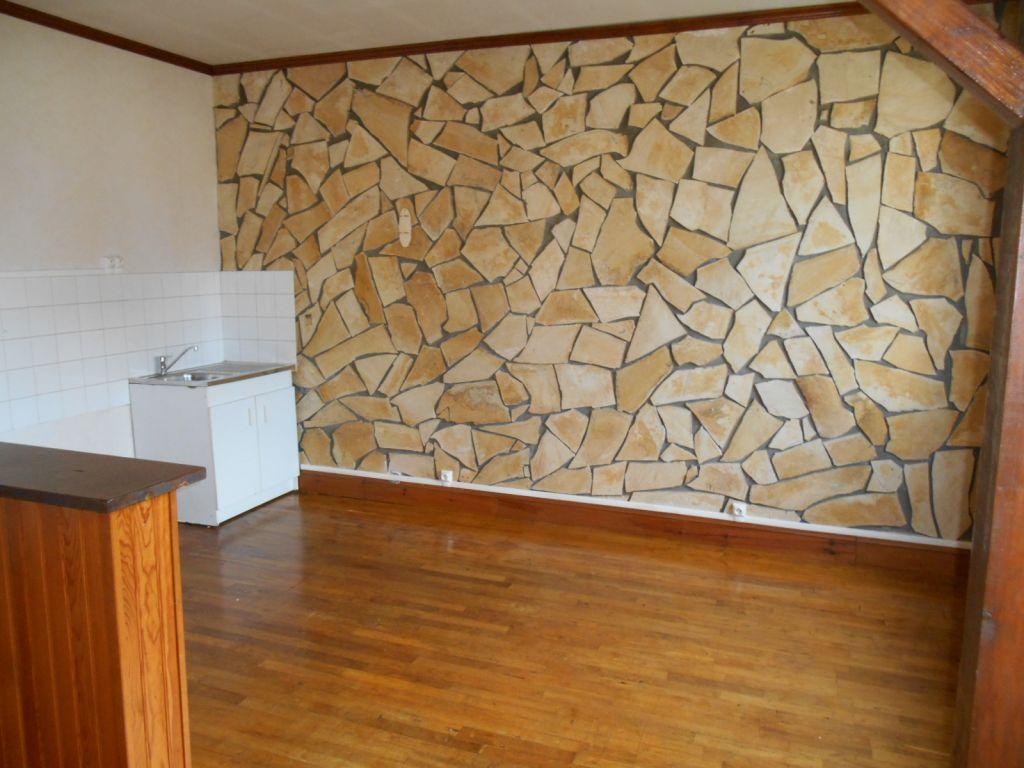 Location appartement Origny sainte benoite 490€ CC - Photo 3