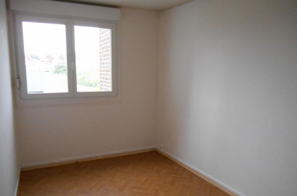 Rental apartment Saint quentin 515€ CC - Picture 5