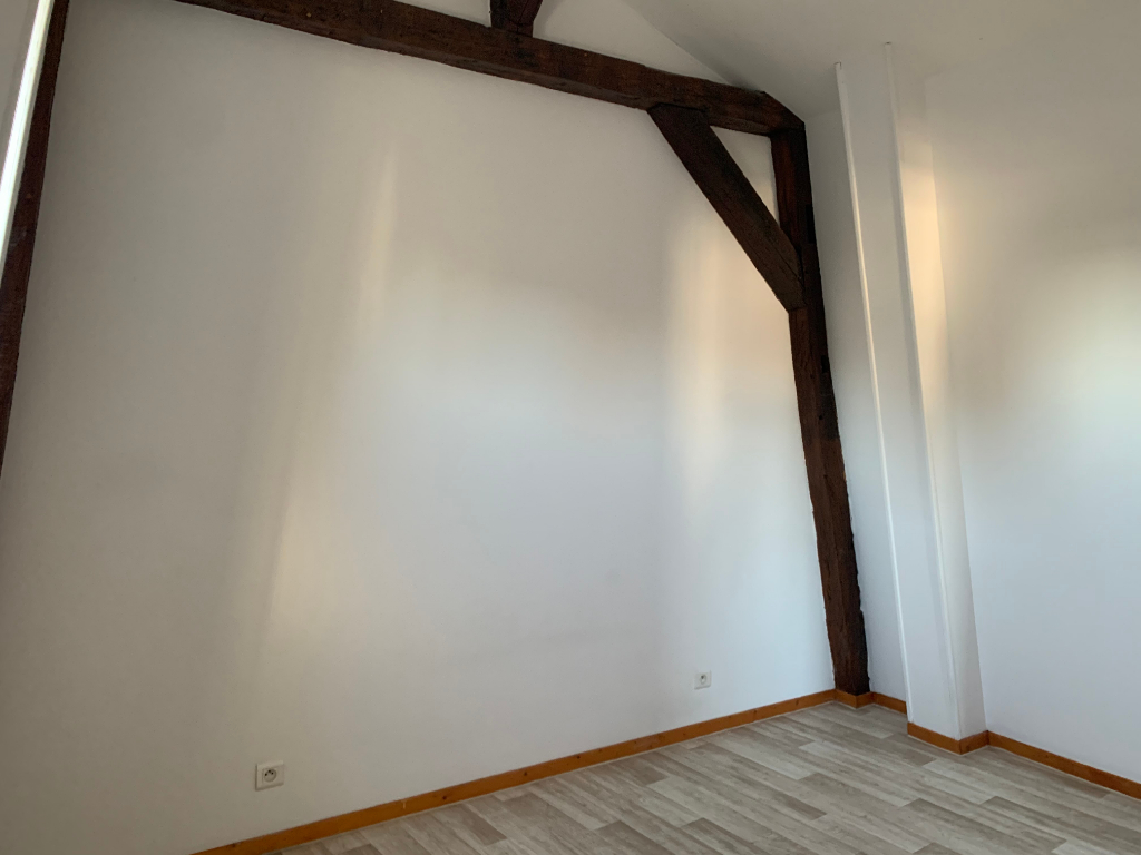Rental apartment Saint quentin 490€ +CH - Picture 6
