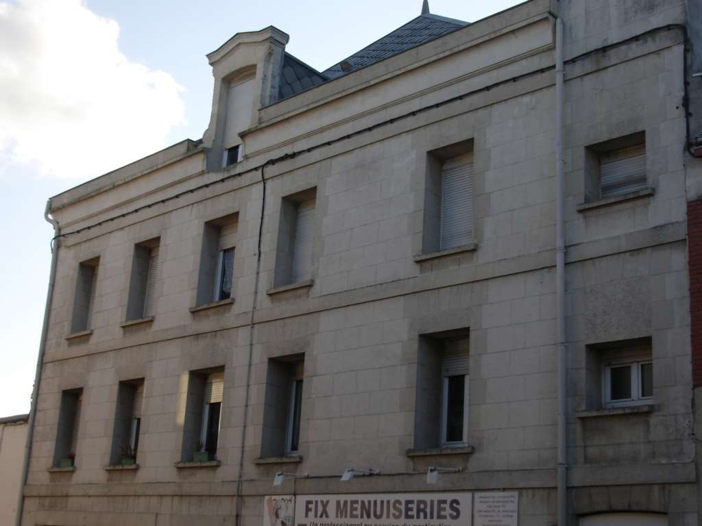 Location appartement Saint quentin 610€ CC - Photo 8