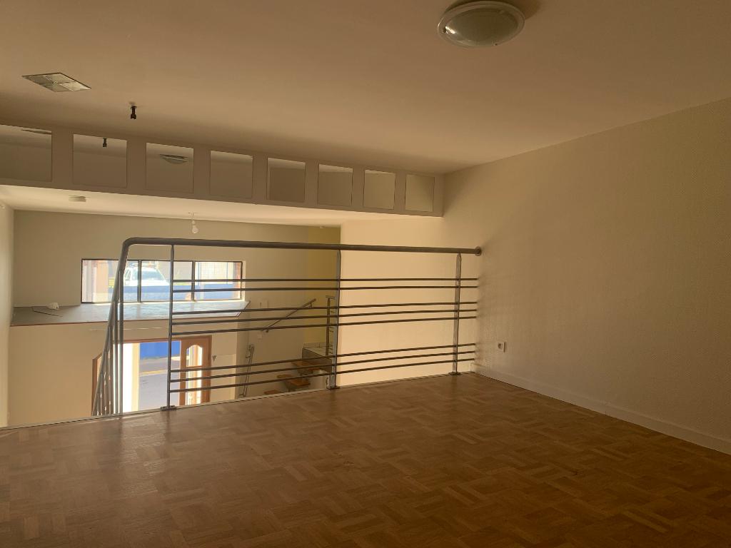 Location appartement Saint quentin 435€ CC - Photo 2