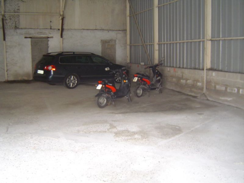 Location parking Saint quentin 50€ +CH - Photo 3