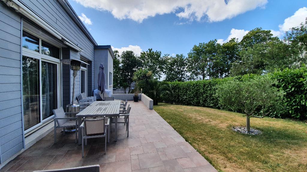 Sale house / villa Quimper 471000€ - Picture 3