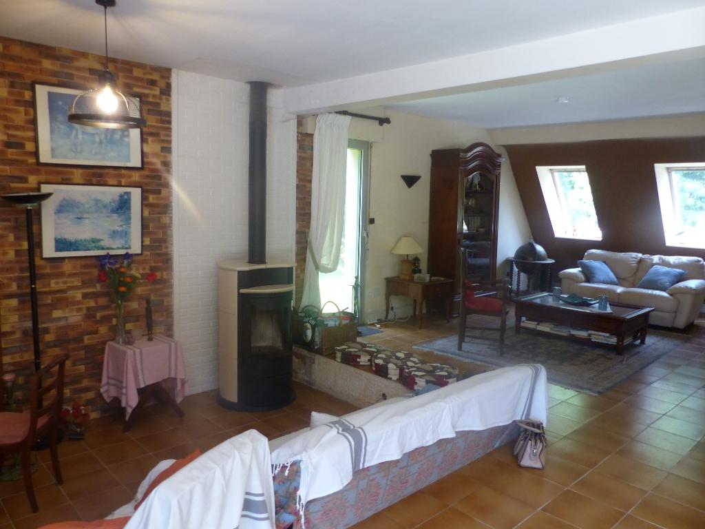 Sale house / villa Gouesnach 361500€ - Picture 2