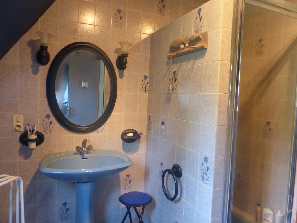 Sale house / villa Gouesnach 361500€ - Picture 7