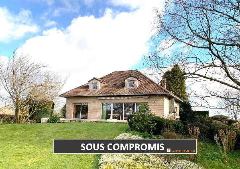 Maison Fromelles 6 pièce(s) 278 m2