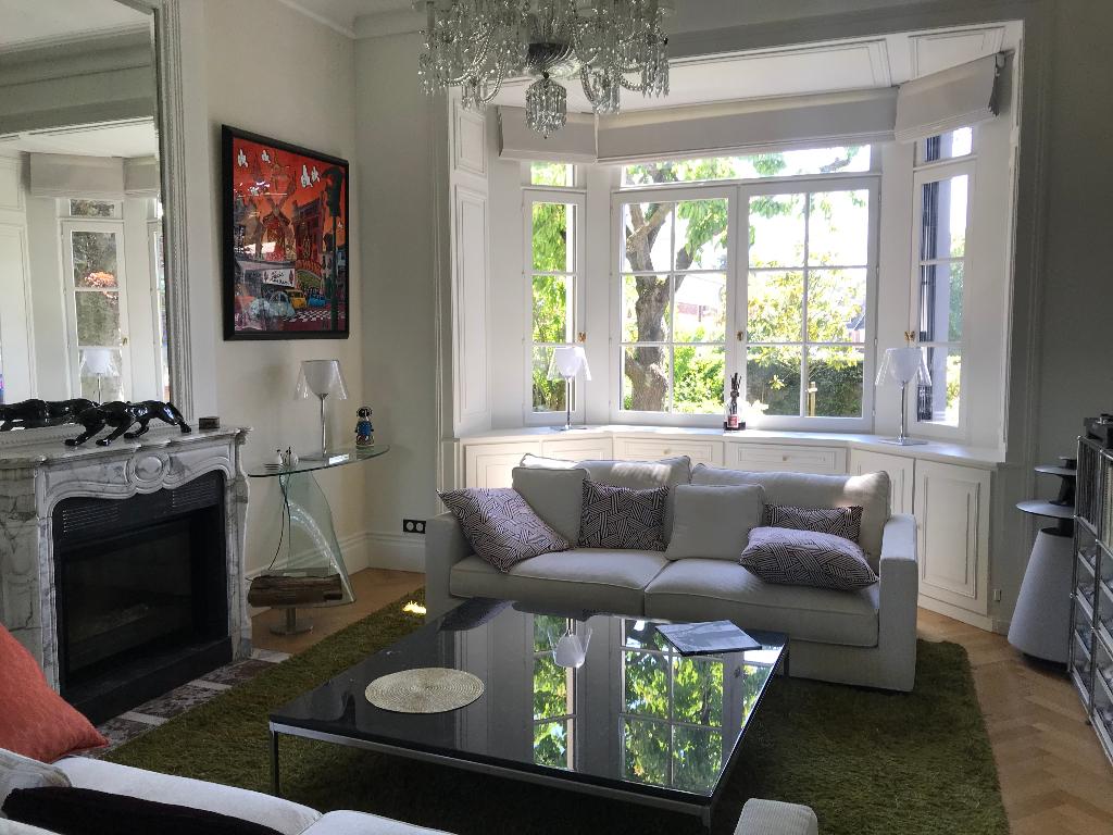 Sale house / villa La chapelle d armentieres 1250000€ - Picture 1