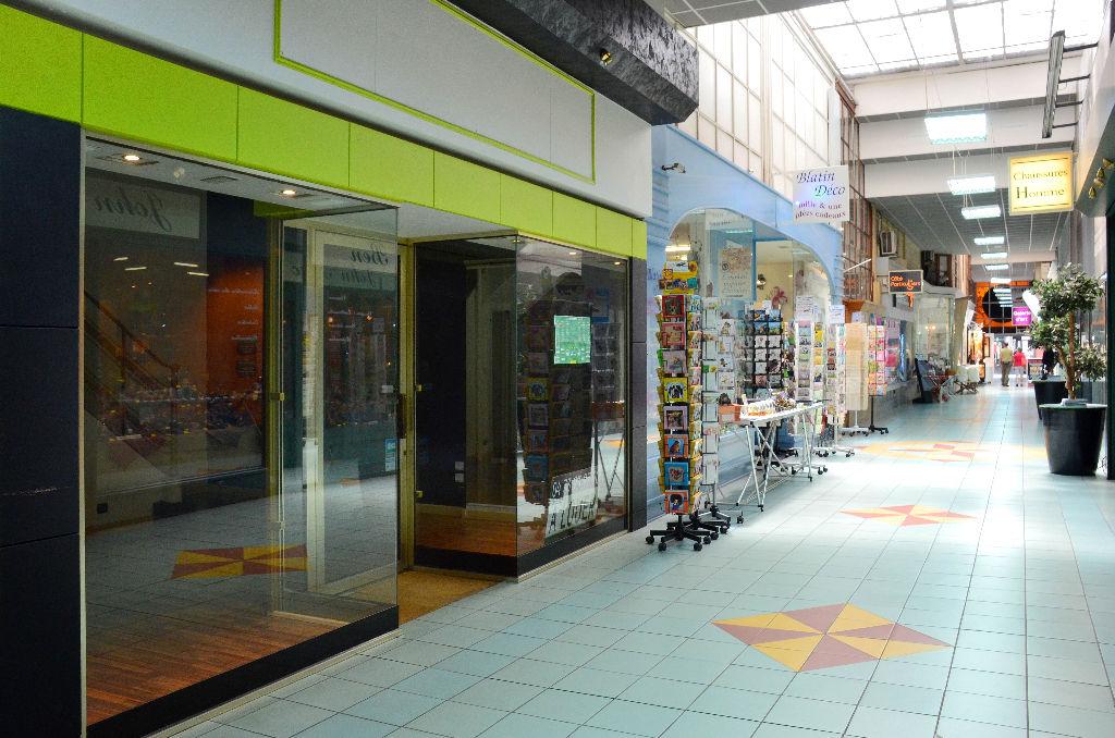 location bureau commerce clermont ferrand 63000 sur pro le. Black Bedroom Furniture Sets. Home Design Ideas