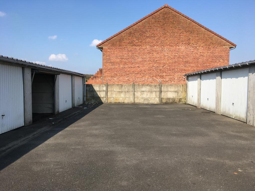 Garage à louer à Auchel