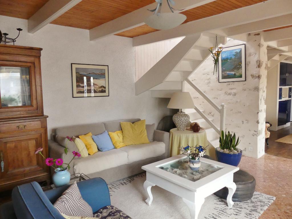 Sale house / villa Lesconil 190800€ - Picture 4
