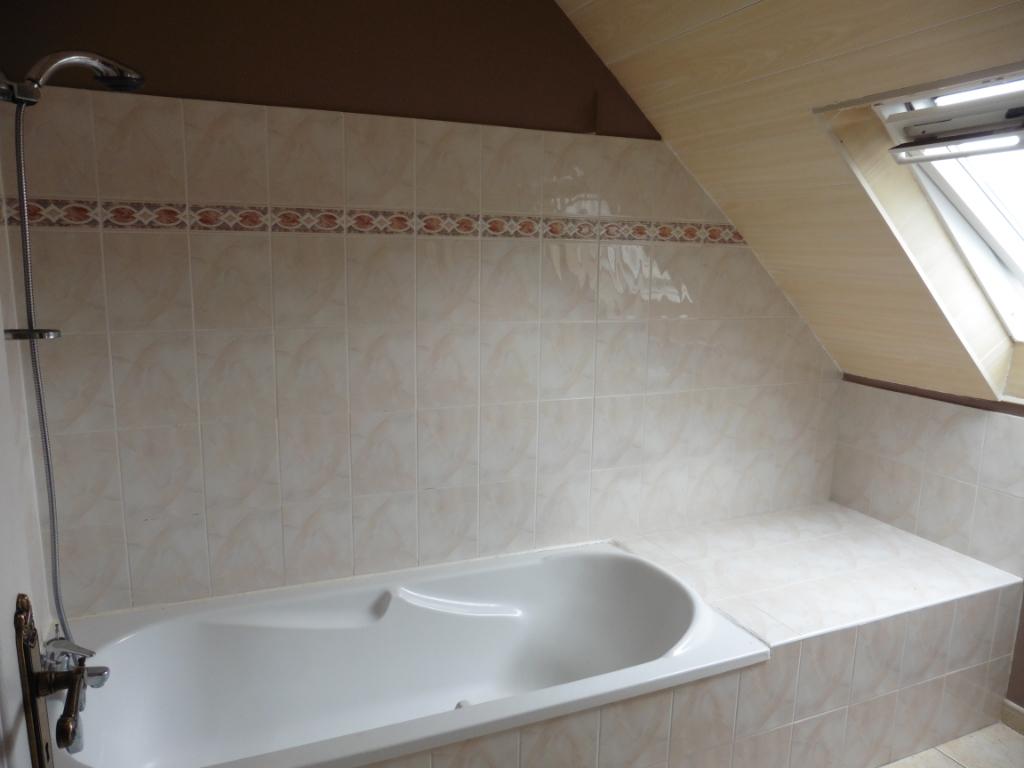 Sale house / villa Saint jean trolimon 159000€ - Picture 4