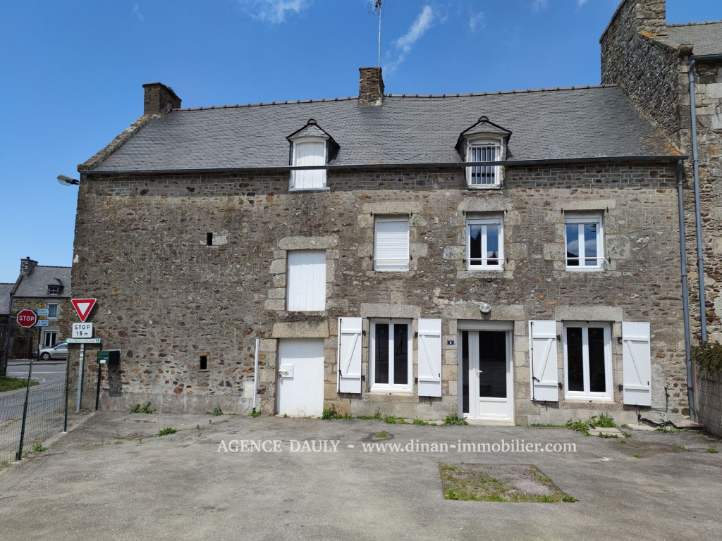Villa / Maison LANGUENAN