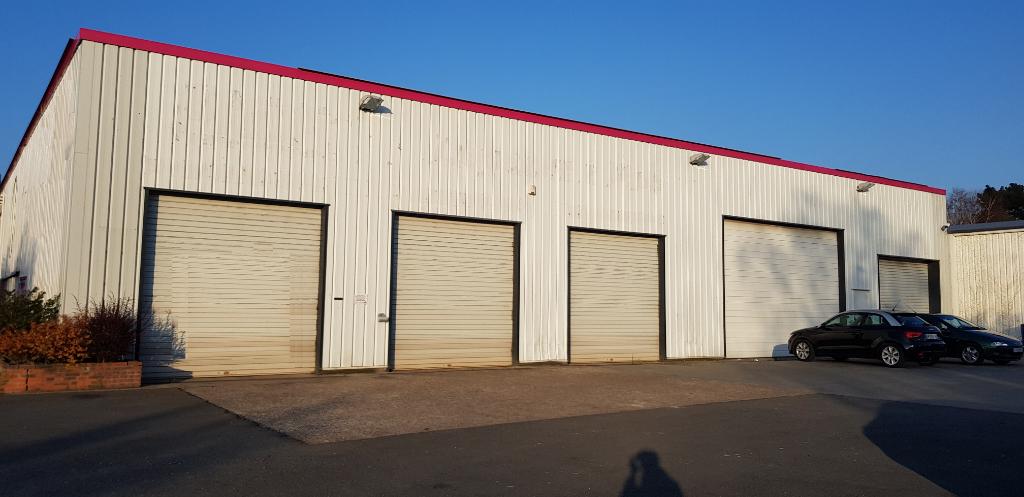 local d'activité en vente HEROUVILLE SAINT CLAIR