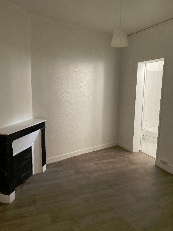 Location appartement Villeneuve saint georges 618,35€ CC - Photo 1