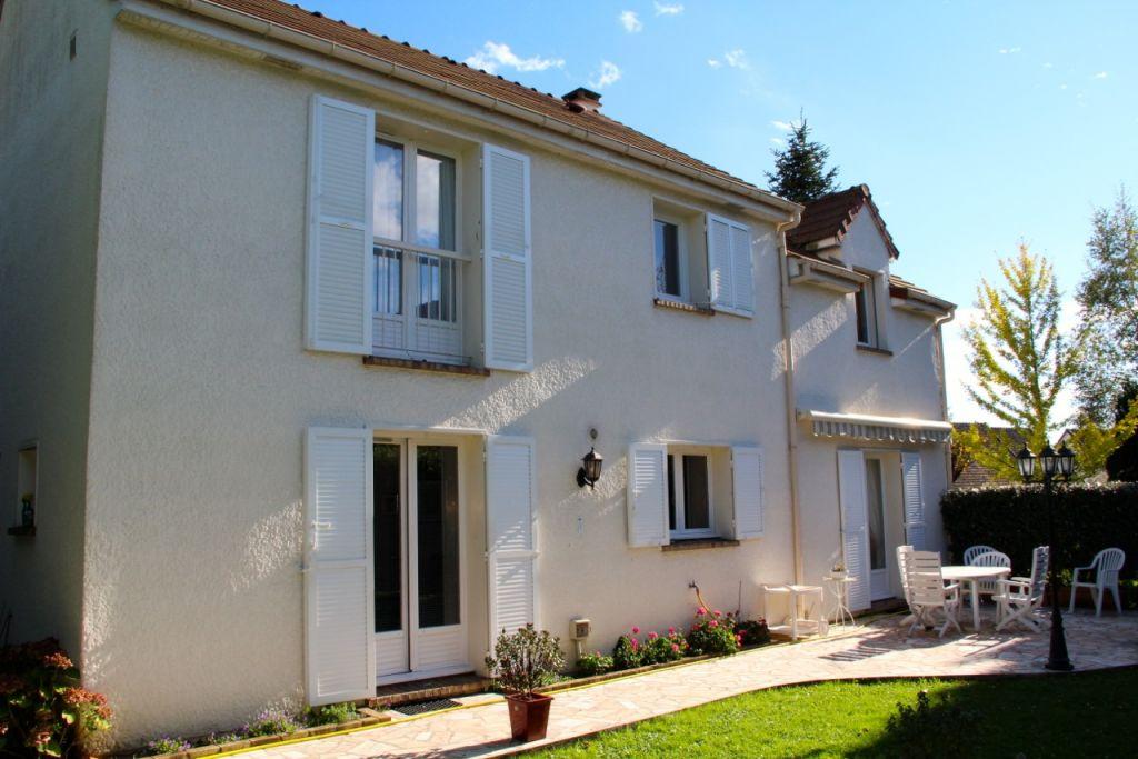Maison Saint Nom La Breteche 6 pièce(s) 135 m2