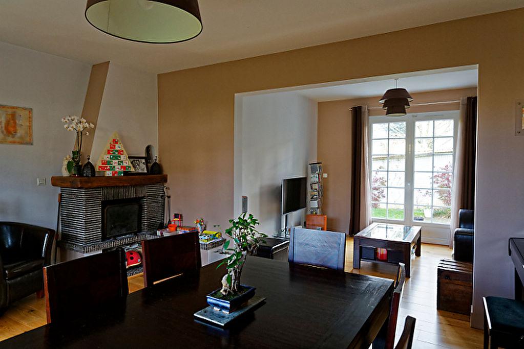 Maison 6 pièce(s) 140 m²                78240 CHAMBOURCY