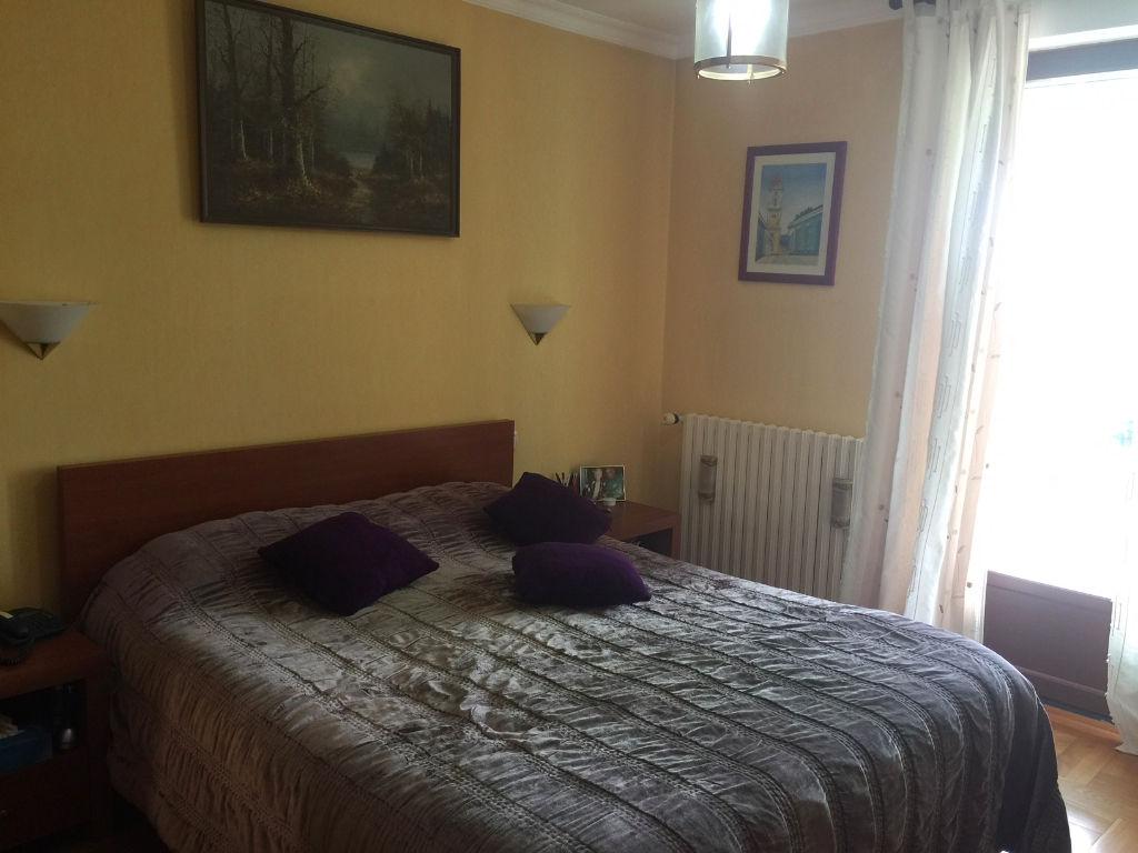 Villa Aigremont 5 pièce(s) 131 m2