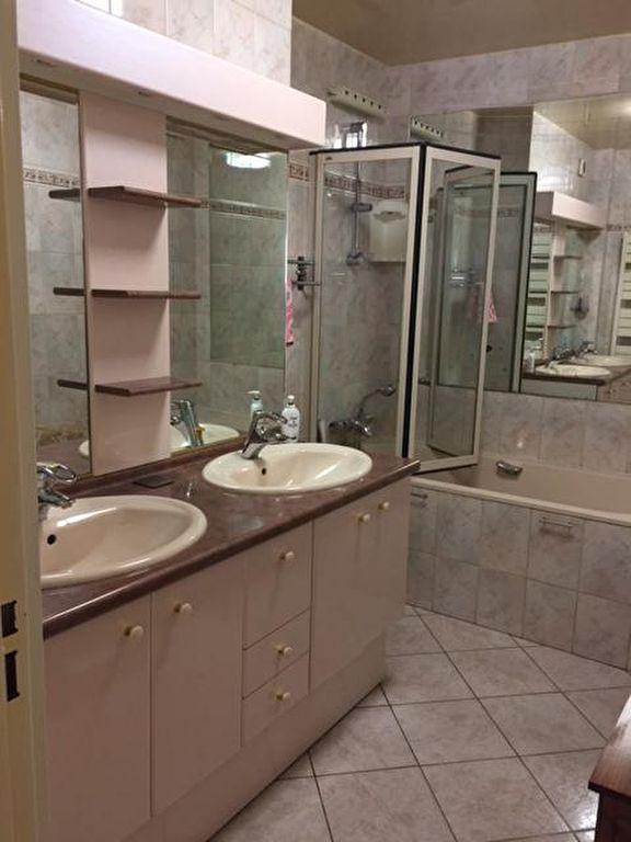 Appartement 3 pièce(s) 69 m²                         92420 VAUCRESSON