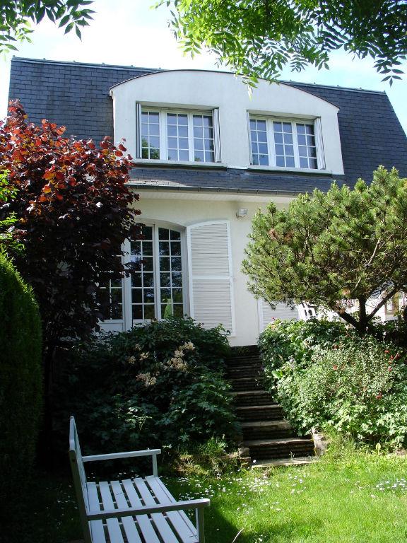 Maison La Celle Saint Cloud 5 chambres 164m2