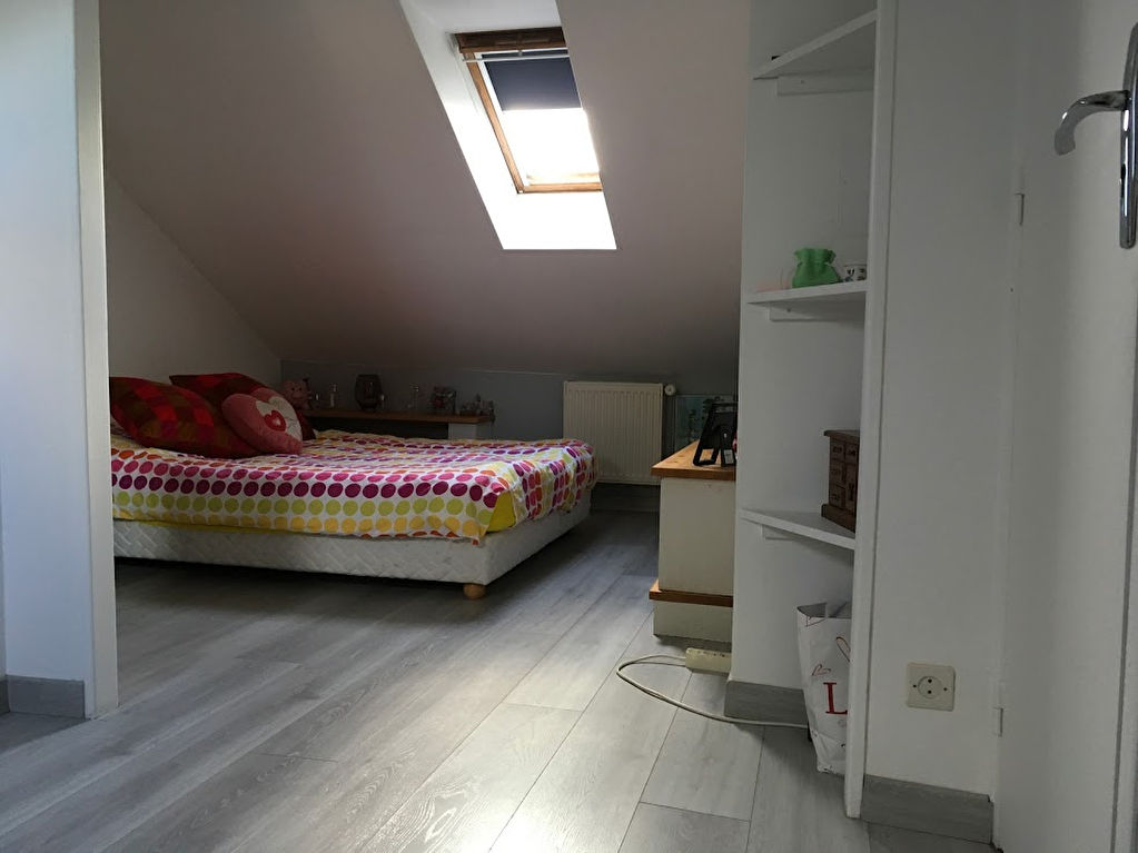 Maison 9 pièce(s) 145 m²                78124 MAREIL SUR MAULDRE