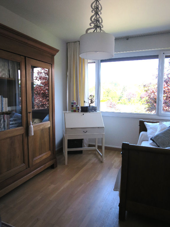 Appartement 5 pièce(s) 118.38 m²                         78590 NOISY LE ROI