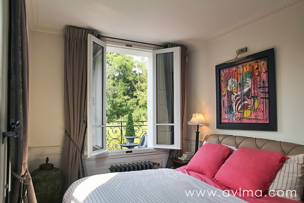 Maison 6 pièce(s) 142 m²                78110 LE VESINET