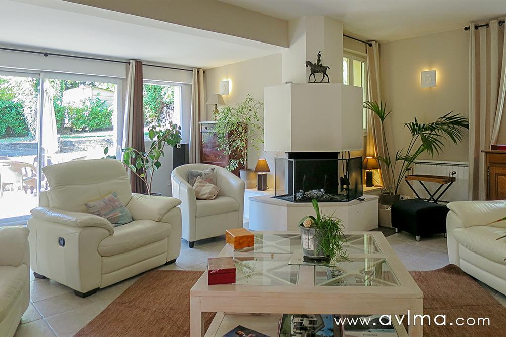 Maison 13 pièce(s) 333 m²                78112 FOURQUEUX
