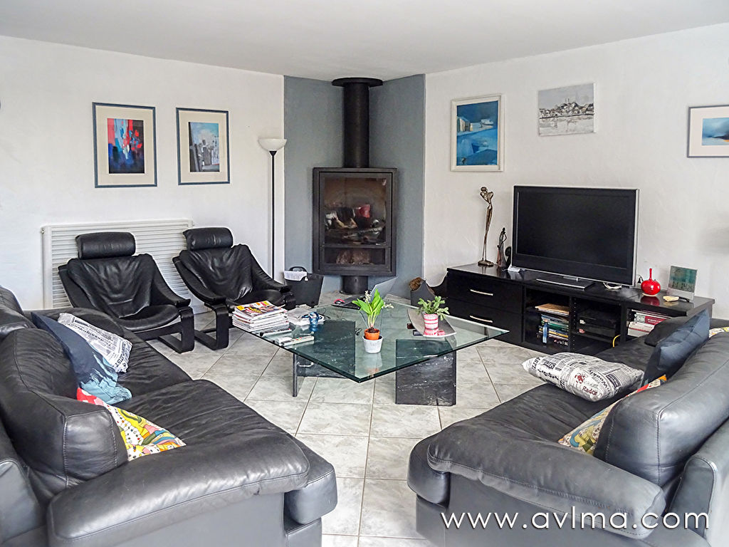 Maison 6 pièce(s) 173 m²                78124 MAREIL SUR MAULDRE