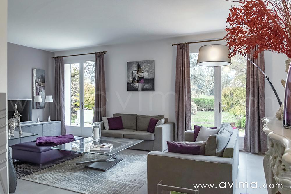 Maison 9 pièce(s) 219 m²                78121 CRESPIERES