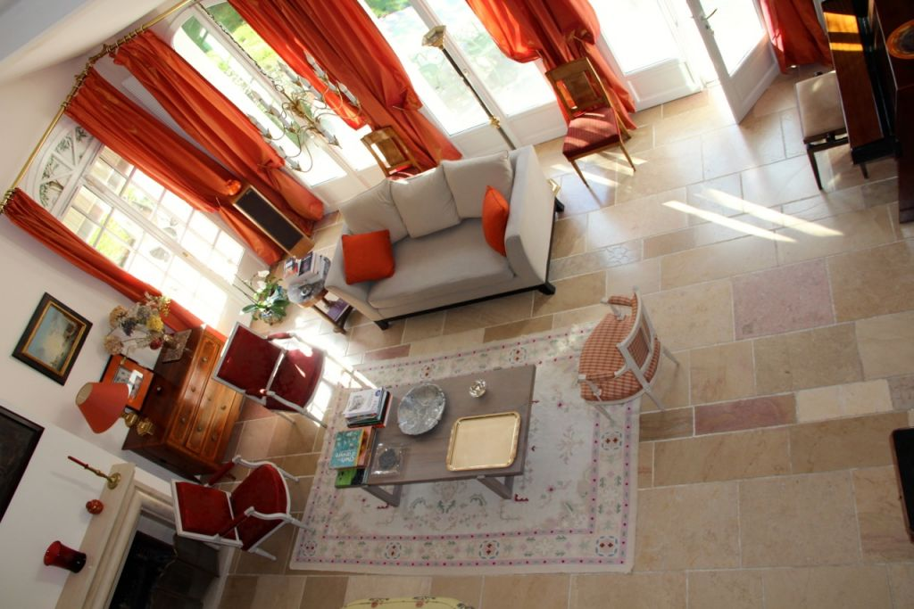 Villa Noisy Le Roi, 8 rooms, 180 m2