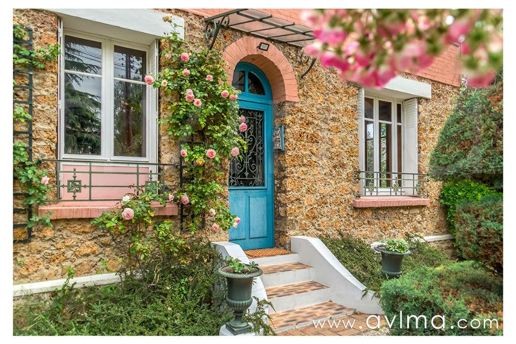 Maison 8 pièce(s) 160 m²                78170 LA CELLE SAINT CLOUD