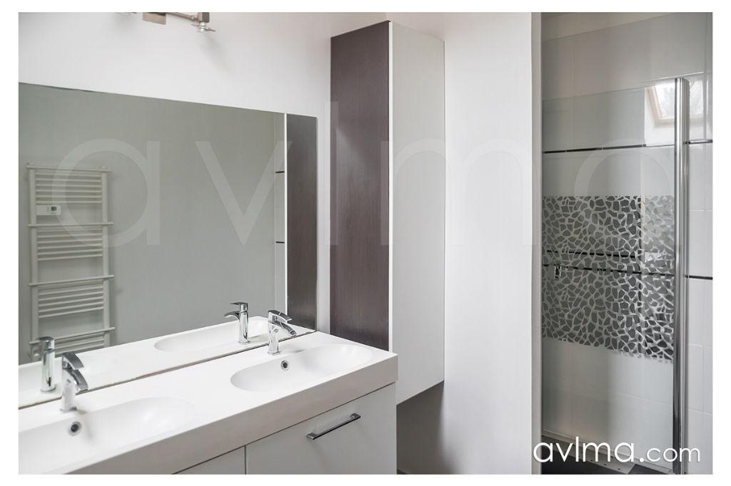 Maison 8 pièce(s) 210 m²                78240 CHAMBOURCY