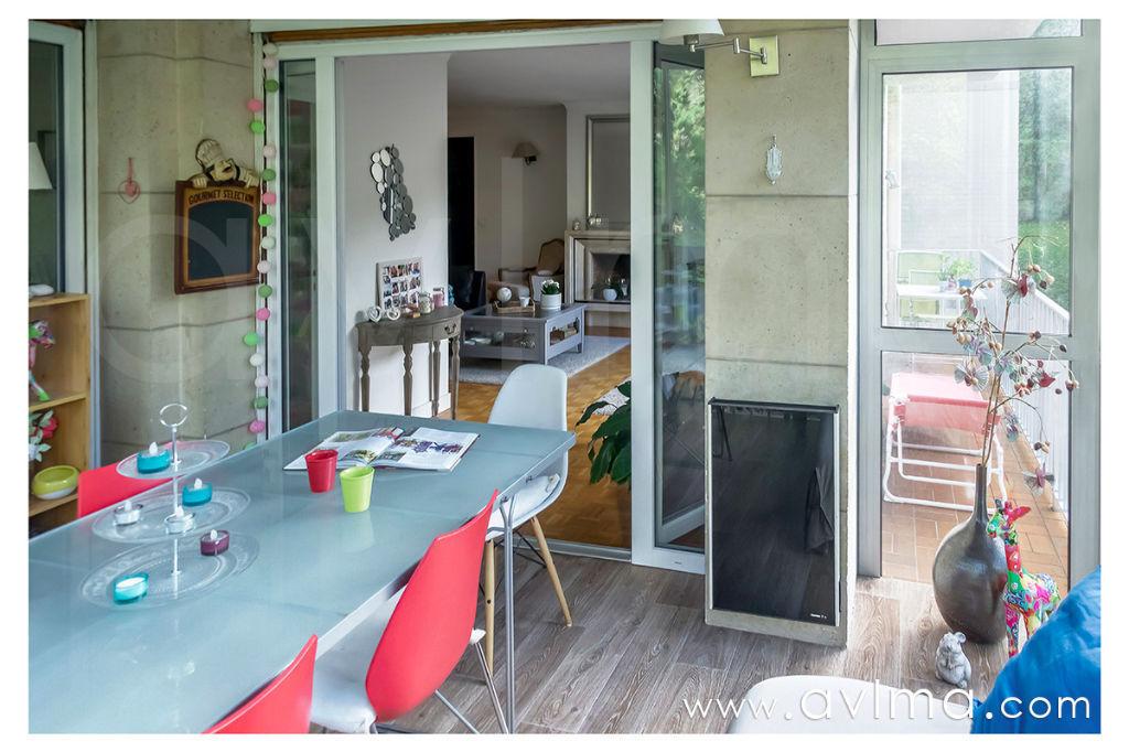 Appartement de 125m2  4 chambres avec cheminée