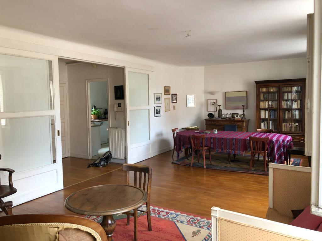 Maison 8 pièces 244 m² à CHARTRES