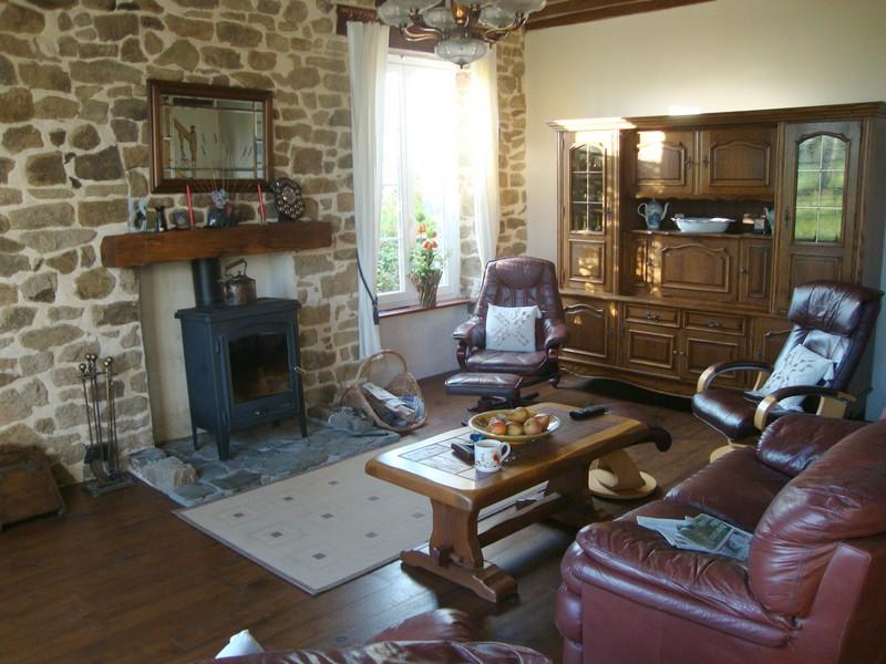 Le teilleul maison restaur e sur terrain de 4 ha le for Alarme de piscine linxor jb p 03